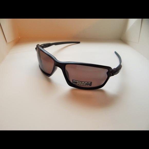 3505b54c4b Oakley Carbon Shift Prizm Daily Polarized. M 5b0202a8d39ca2509a0a81c2